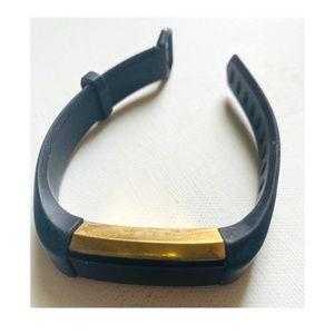 FitBit Alta • Black & Gold • Small